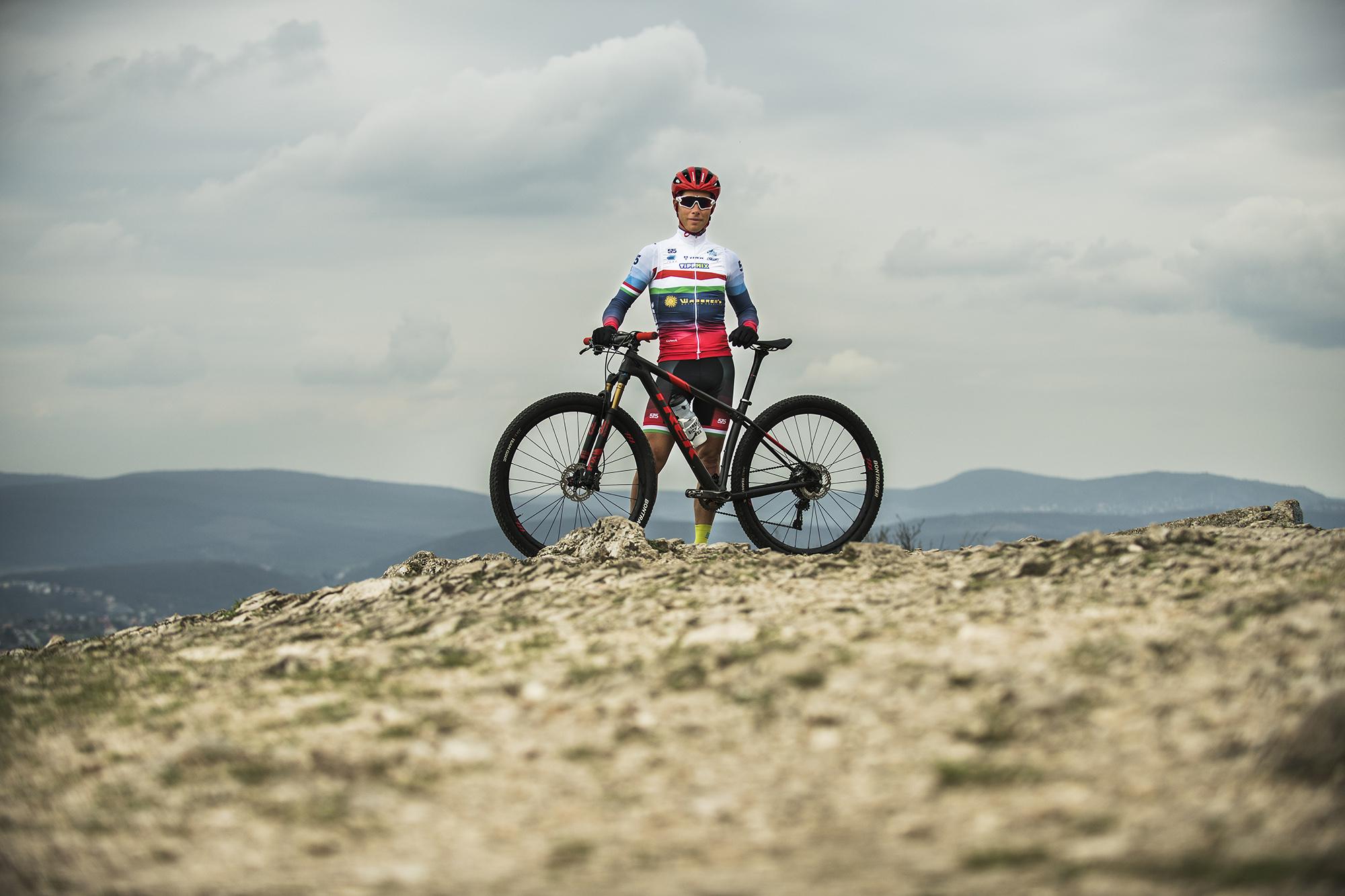 Parti András Háromszoros olimpikon - Mountainbike Olimpiai cross country (elit kategória), Maraton (elit kategória) versenyző