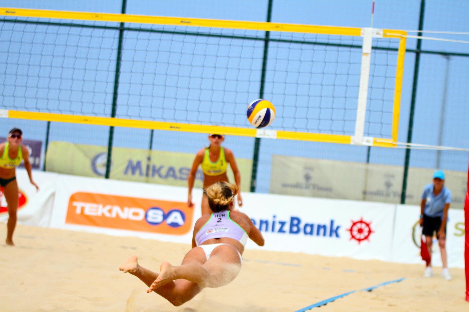 Szombathelyi Szandra magyar bajnok strandröplabda játékos