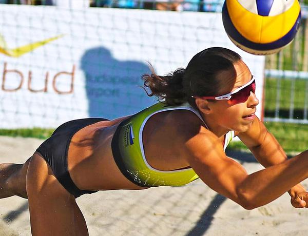 Villám Lilla strandröplabda játékos